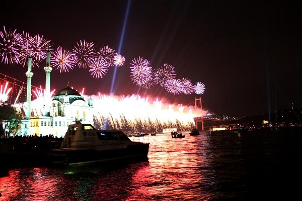 Istanbul New Years Eve Fireworks